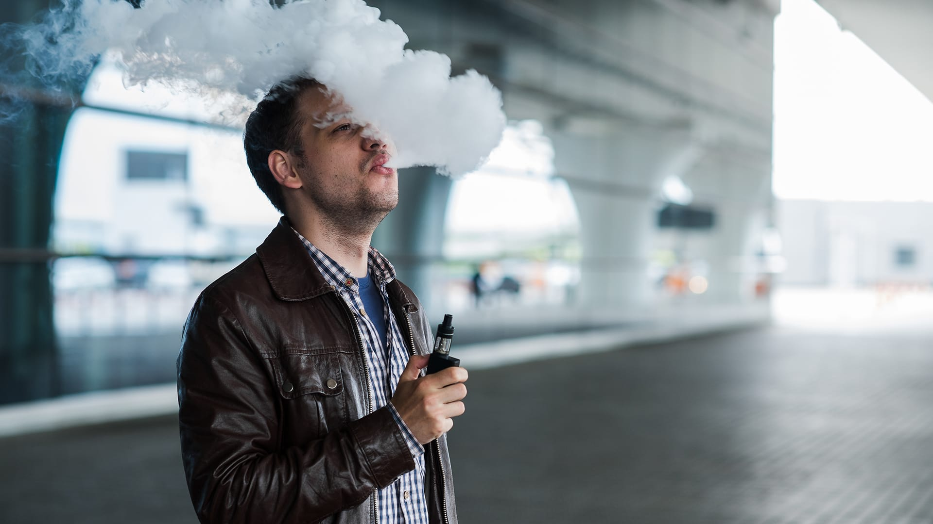 How To Practice Considerate Public Vaping